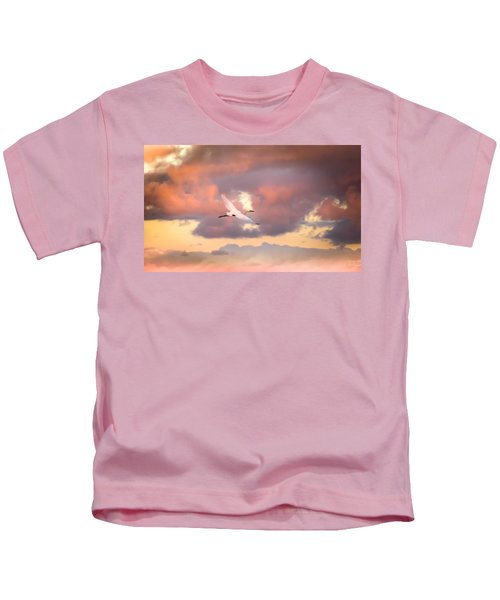 When Heaven Beckons Kids T-Shirt