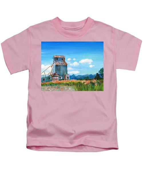 Willow Creek Grain Elevator II Kids T-Shirt