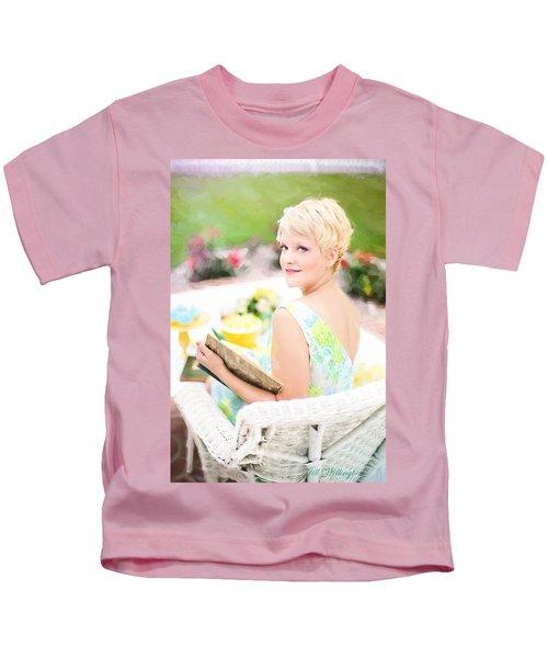 Vintage Val Iced Tea Time Kids T-Shirt