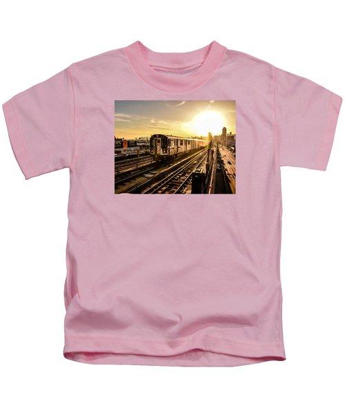 7 Train Sunset Kids T-Shirt