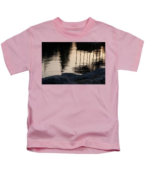 Abstract Color 2 Kids T-Shirt