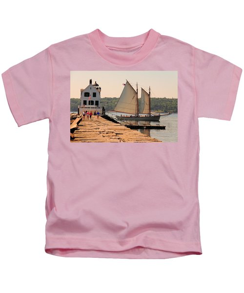 American Eagle At The Lighthouse Kids T-Shirt