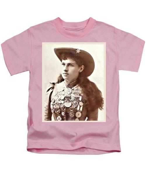 Annie Oakley 1 Kids T-Shirt