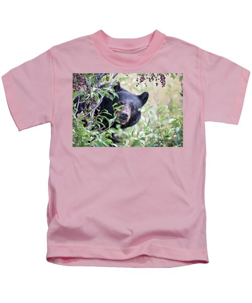 Berry Picking  Kids T-Shirt