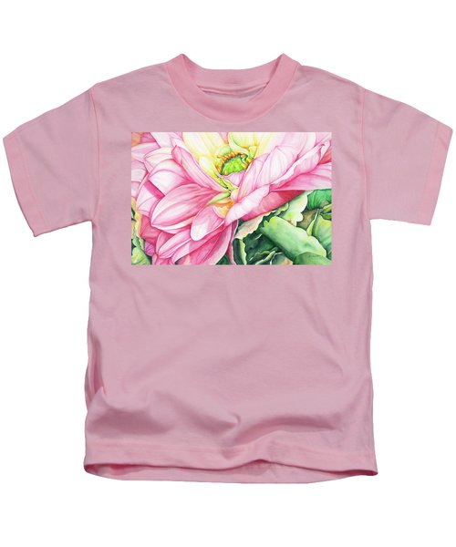 Chelsea's Bouquet 2 Kids T-Shirt