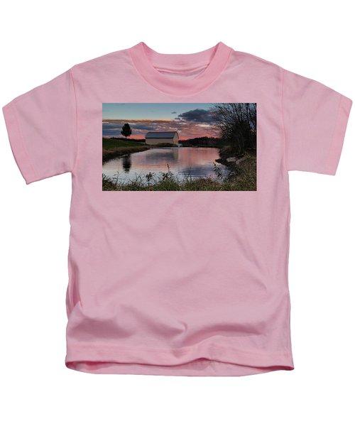 Country Living Sunset Kids T-Shirt