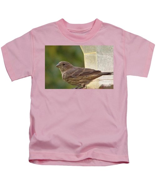 Crossbill Female Portrait      September    Indiana Kids T-Shirt by Rory Cubel