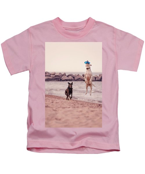 Dog With Frisbee Kids T-Shirt