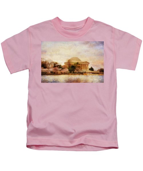 Jefferson Memorial Just Past Dawn Kids T-Shirt
