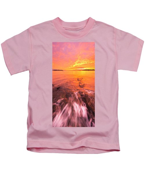 Maine Rocky Coastal Sunset At Kettle Cove Kids T-Shirt