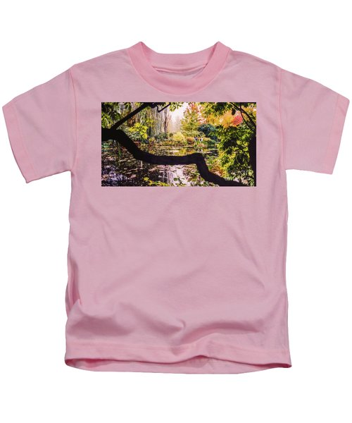 On Oscar - Claude Monet's Garden Pond  Kids T-Shirt