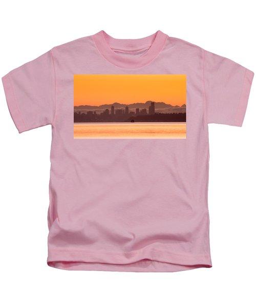 Seattle Skyline In Orange Kids T-Shirt