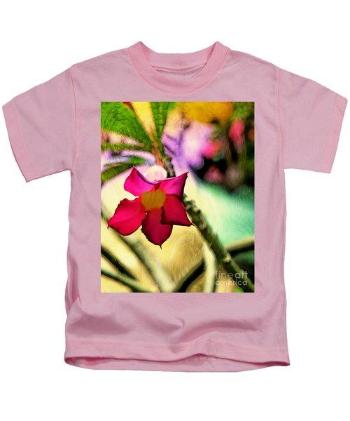 Red Star Flower Kids T-Shirt