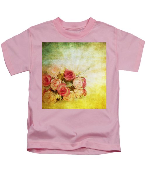 Roses Pattern Retro Design Kids T-Shirt