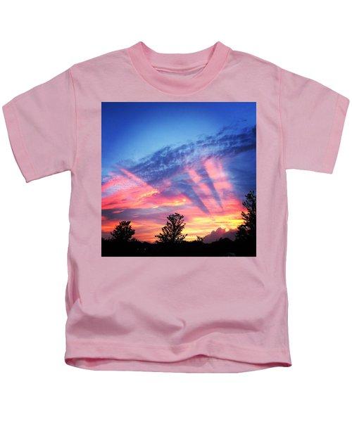 Showtime Sunset Kids T-Shirt
