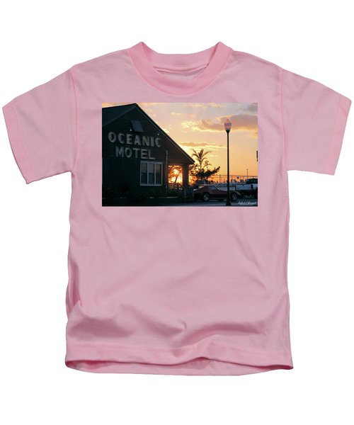 Sunset At Oceanic Motel Kids T-Shirt