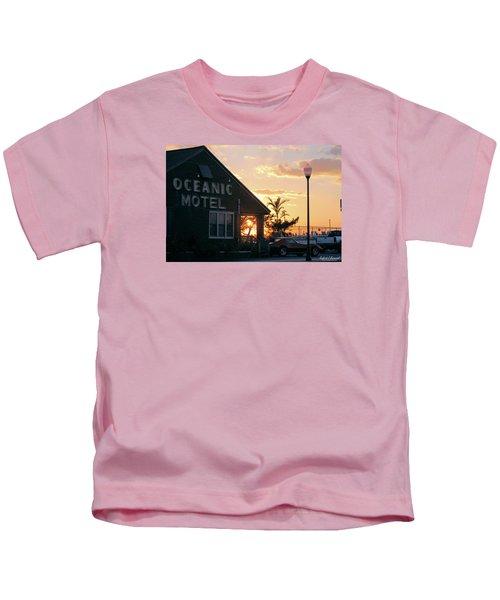 Sunset At Oceanic Motel Kids T-Shirt
