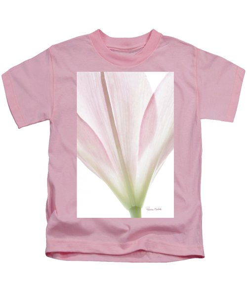 Transparent Lilly I Kids T-Shirt