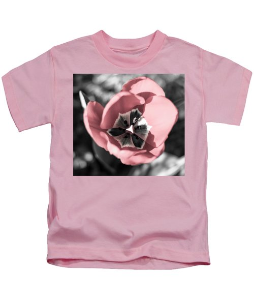 Tulip Up Close Kids T-Shirt