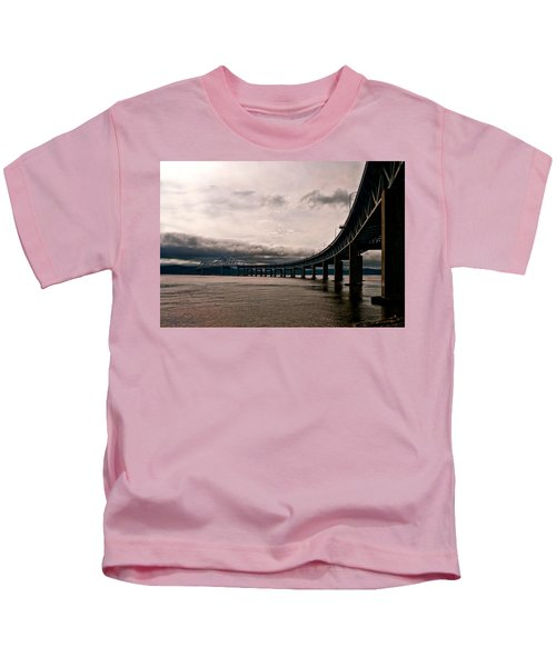 Under The Tappan Zee Kids T-Shirt