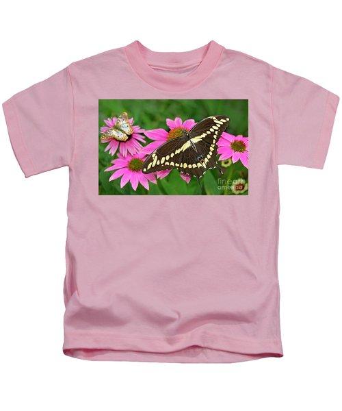 Giant Swallowtail Papilo Cresphontes Kids T-Shirt