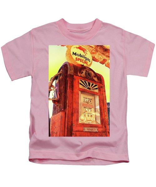 Mobilgas Special - Vintage Wayne Pump Kids T-Shirt