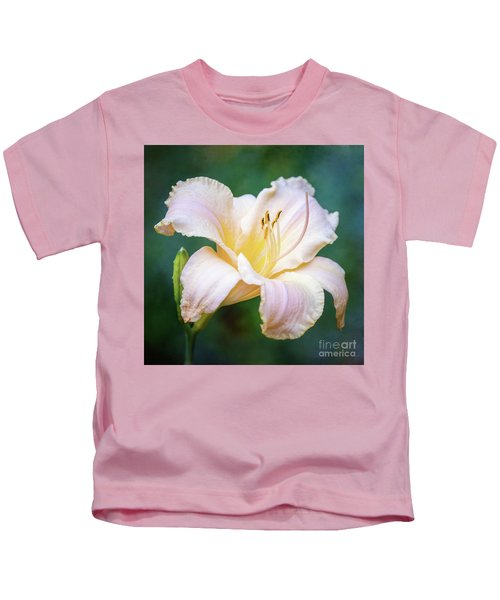 Portrait Of The Queen Of The Garden Kids T-Shirt