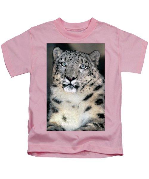 Snow Leopard Portrait Endangered Species Wildlife Rescue Kids T-Shirt