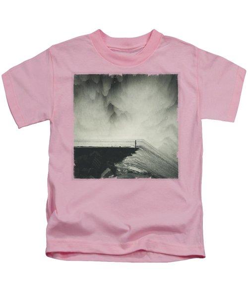 Vertigocean - Inclined Seascape Kids T-Shirt