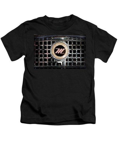 1958 Nash Metropolitan Grille Emblem Kids T-Shirt