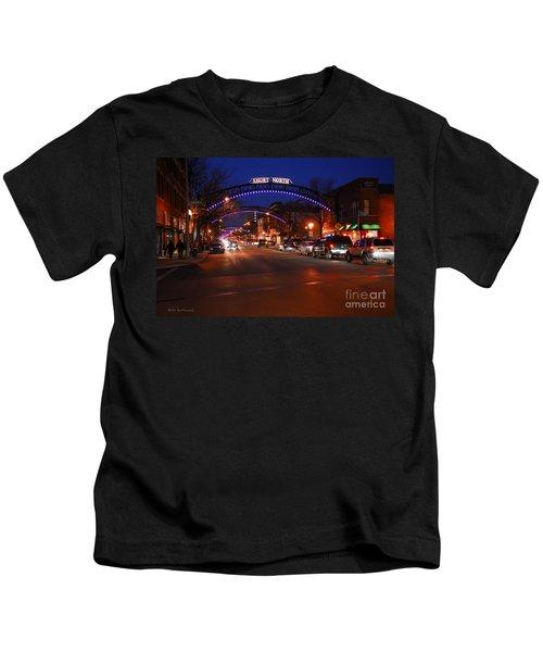 D8l353 Short North Arts District In Columbus Ohio Photo Kids T-Shirt