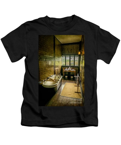 Victorian Wash Room Kids T-Shirt