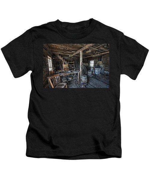 1860's Blacksmith Shop - Nevada City Ghost Town - Montana Kids T-Shirt