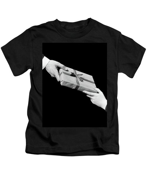 1930s Man And Woman Hands Exchanging Kids T-Shirt