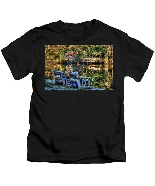 2 Chairs On The Magnolia River Kids T-Shirt