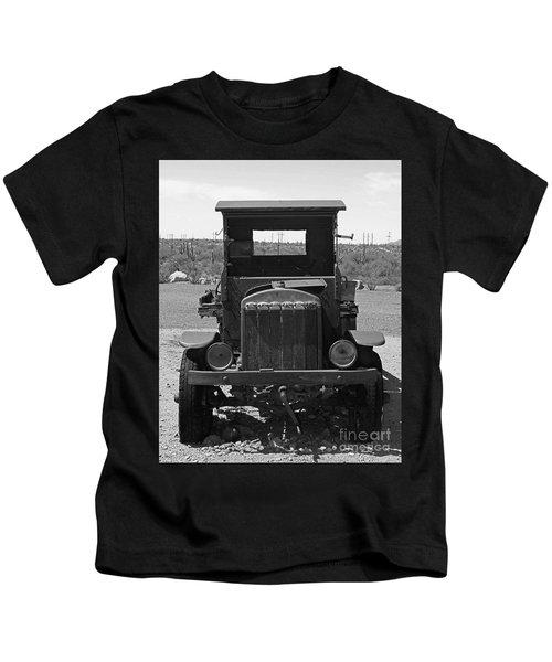 Vintage Stare Down Kids T-Shirt