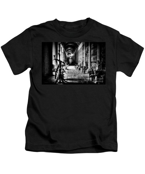 Cemetery Of Verona Kids T-Shirt