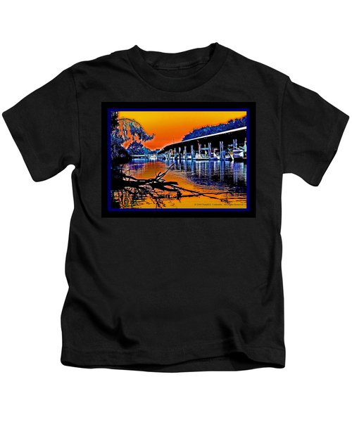 A Delta Sunset  Kids T-Shirt