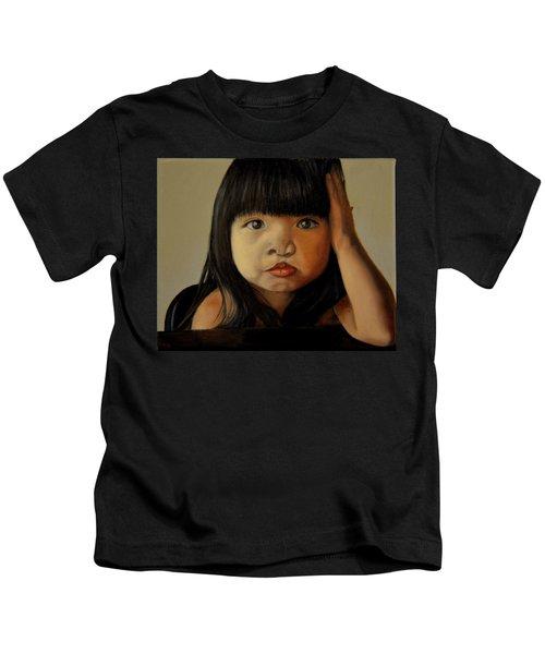 Amelie-an 5 Kids T-Shirt
