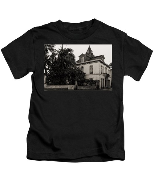 Ancient Hotel And Lush Trees  Kids T-Shirt