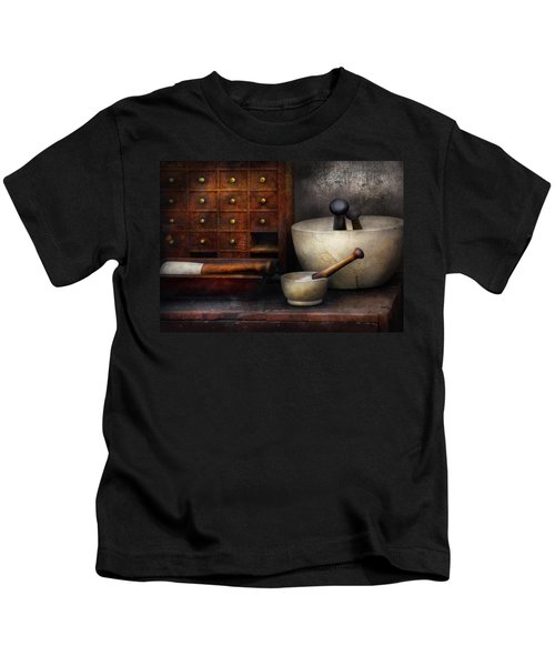 Apothecary - Pestle And Drawers Kids T-Shirt