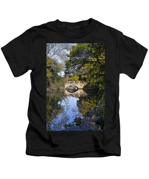 Arboretum Drive Bridge - Madison - Wisconsin Kids T-Shirt