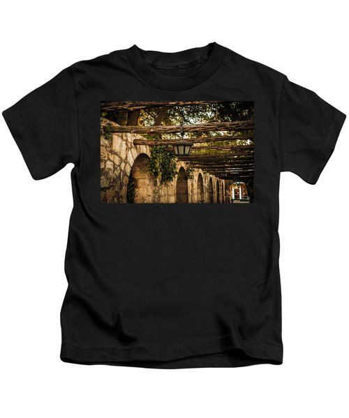 Arches At The Alamo Kids T-Shirt
