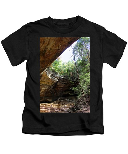 Ash Cave Of The Hocking Hills Kids T-Shirt