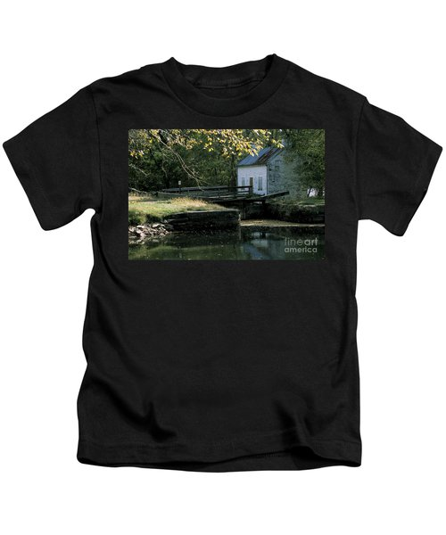 Autumn At The Lockhouse Kids T-Shirt