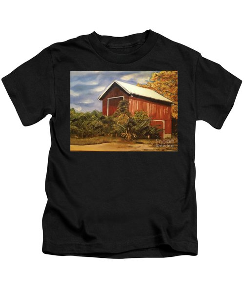 Autumn - Barn - Ohio Kids T-Shirt