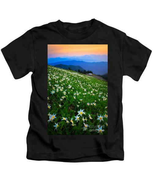 Avalanche Lily Field Kids T-Shirt
