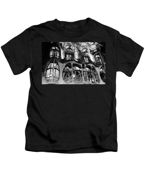 Barcelona - Casa Batllo Kids T-Shirt