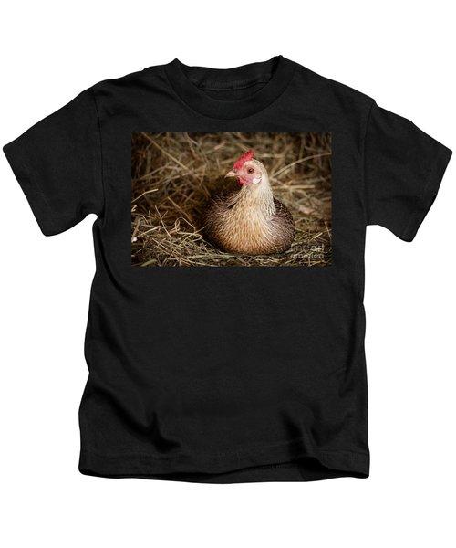 Barn Hen Kids T-Shirt