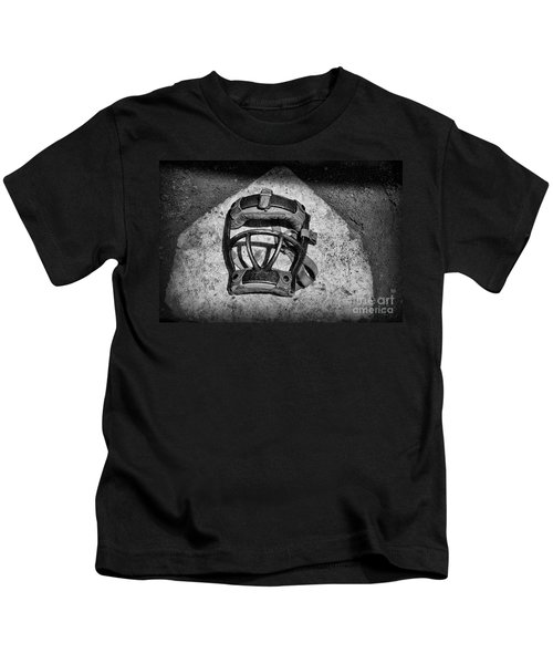 Baseball Catchers Mask Vintage In Black And White Kids T-Shirt